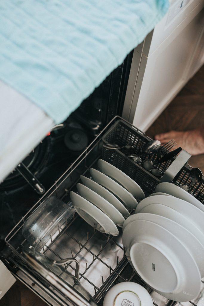 Desinfectar pela temperatura: Máquina de Lavar-Loiça